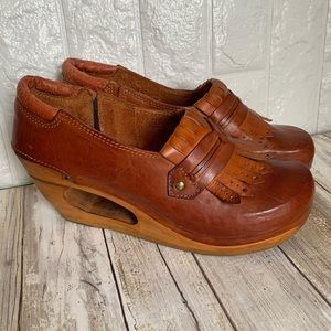 Vintage 70s Leather Clogs Wedge Sandals